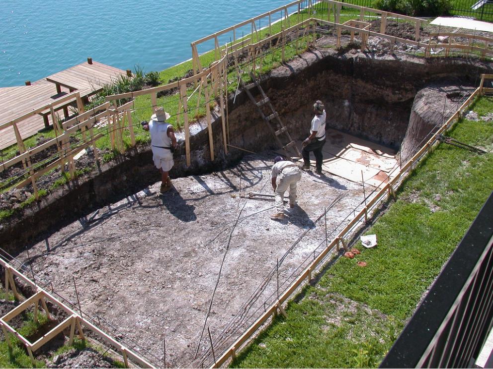 swimming pool builders tampa
