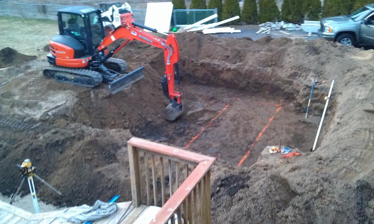 pool builders tampa